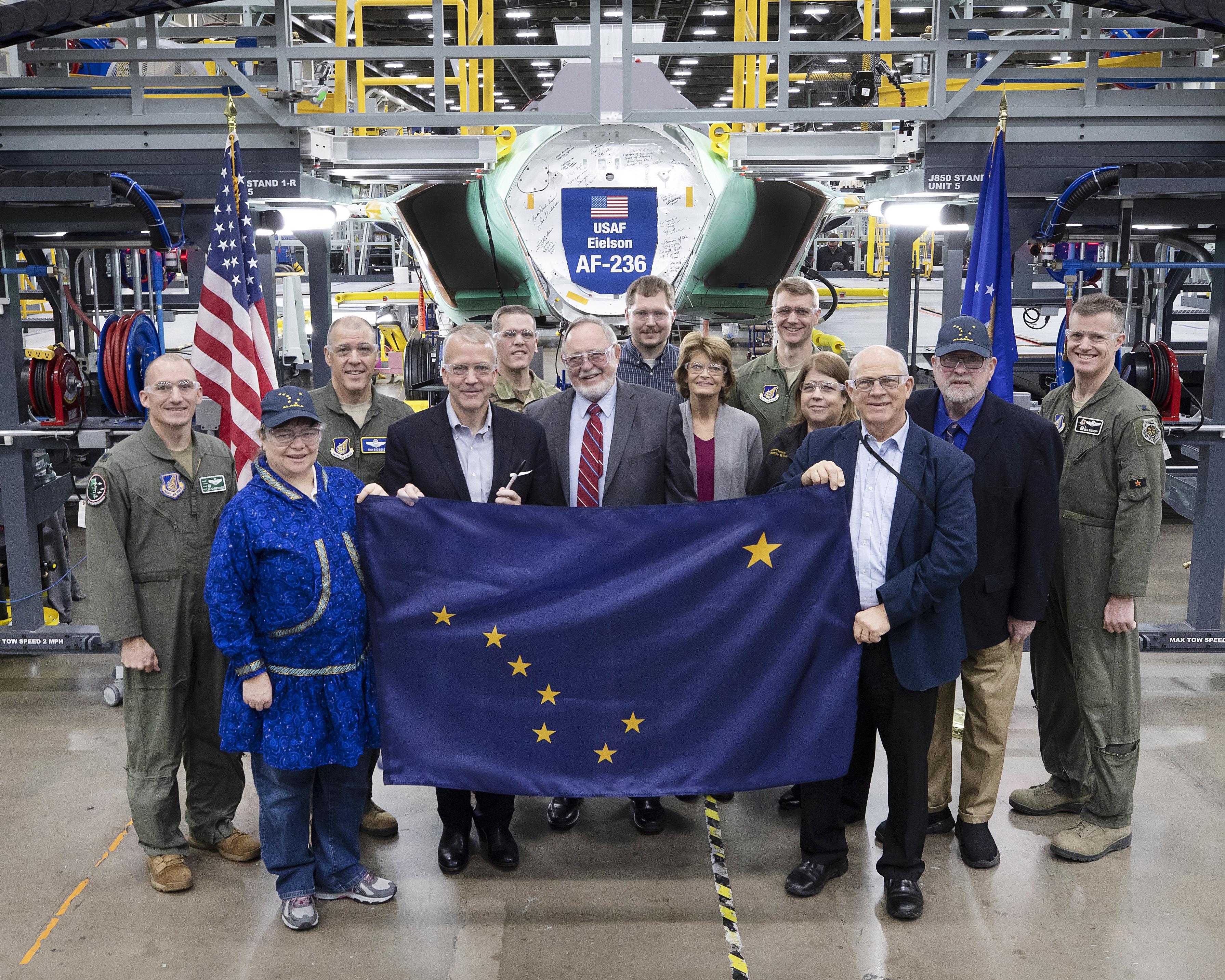 Alaska Congressional Delegation Tours F-35 Plant in Texas - v1